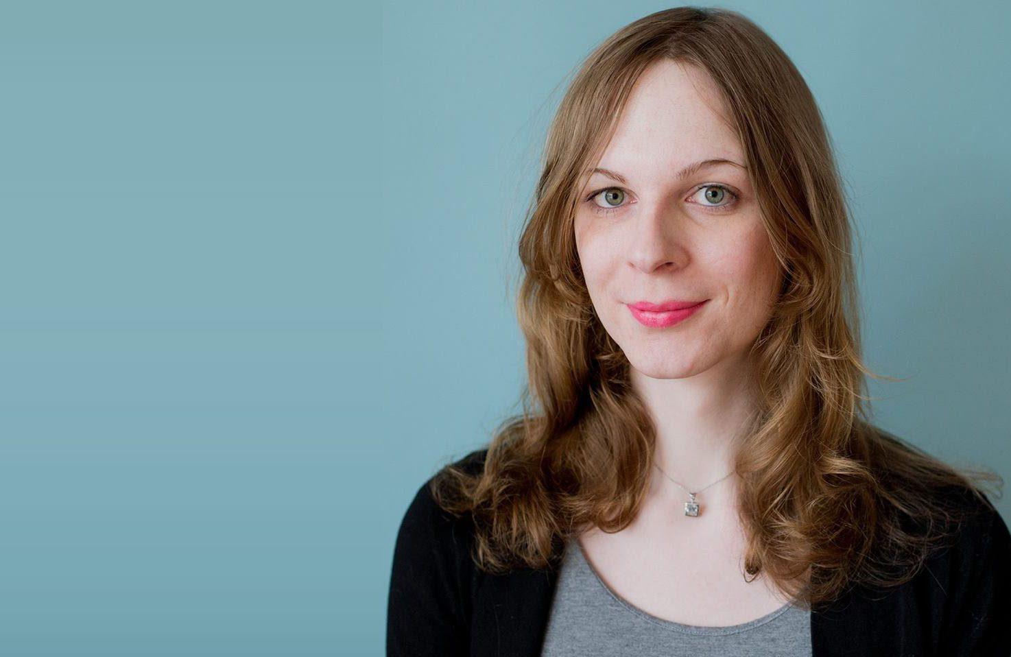 Roxane Nadeau pigiste en révision et rédaction dans la langue française.